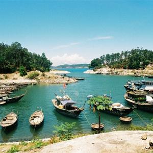 Tour Cù Lao Chàm bằng ca nô ...