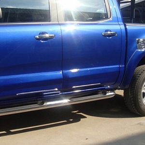 Ốp sườn xe Ford Ranger