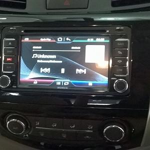 Lắp màn hình DVD cho xe Navara ...