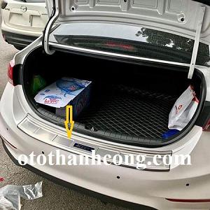 Chống trầy cốp sau Hyundai Accent