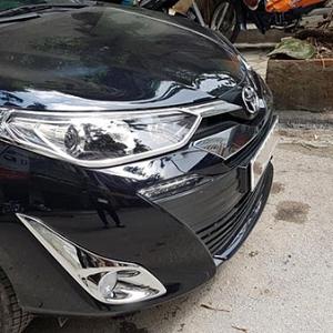 Viền đèn pha Toyota Vios 2019