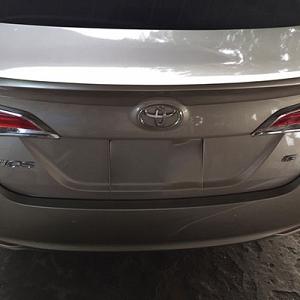 Đuôi gió dán Toyota Vios 2019